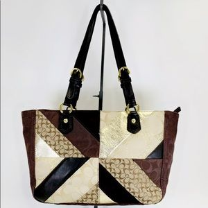 💥AUTHENTIC RARE COACH CHEVRON HOLIDAY PATCHWORK